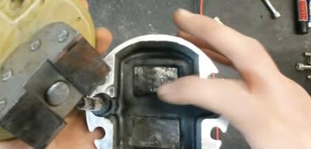 Ремонт вибрационного насоса своими руками видео